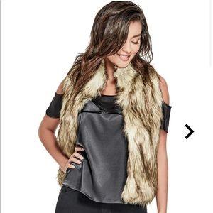 Guess Jess Faux-Fur vest